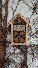 Domek pro včely samotářky