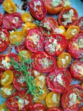 Pečená rajčata s česnekem a tymiánem